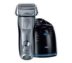 Shaver With Cleaning System braun 790cc 4