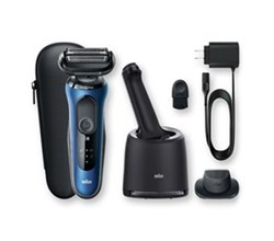 Braun Mens Shavers braun 6072cc wet and dry shaver with smartcare center